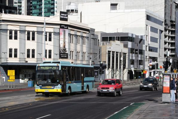 National Bus #556 rego 5944AO on Queensbridge Street with a route 251 service