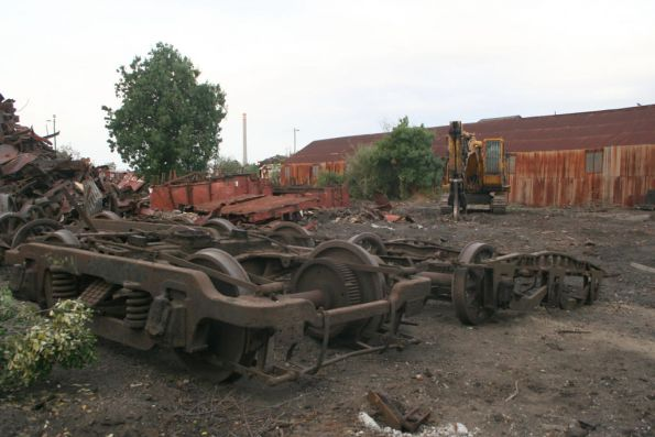 Tait M car and E carriage bogies