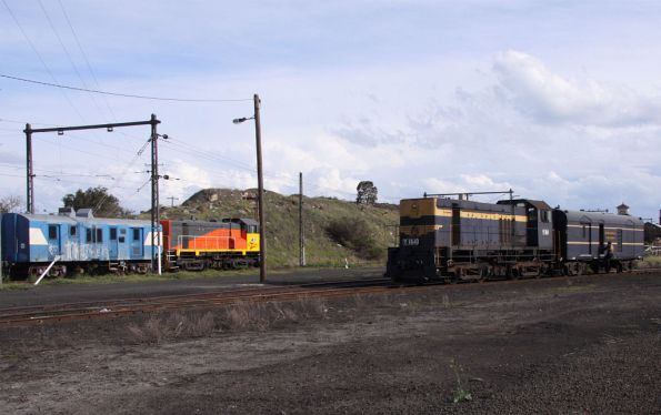 Steamrail Y164 shunting a PCP van passes El Zorro Y145 stabled with power van ZVDY 52K