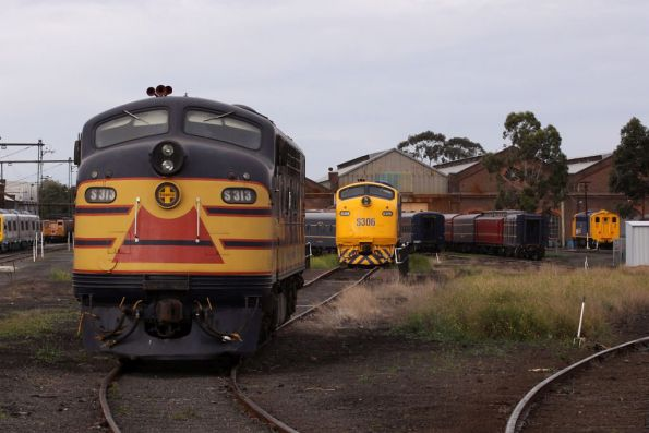 S313, S307 and S306, along with Steamrail carriages