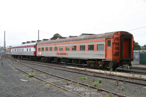 Club Car Victoria and a SJ sleeper for the Vinelander stored outside East Block