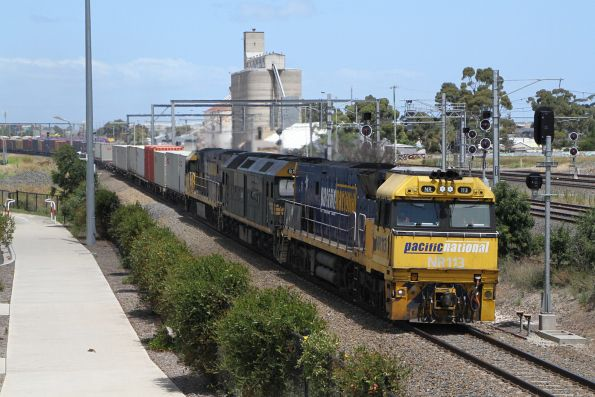 NR113 leads G538 and NR36 on MC2 through Sunshine