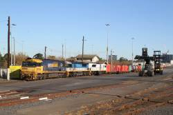 NR110, LDP002 and LDP009 arrive at North Dynon with SM2