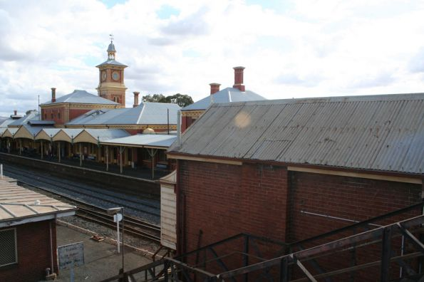 Back of 'Station Box' looking towards the Albury station building