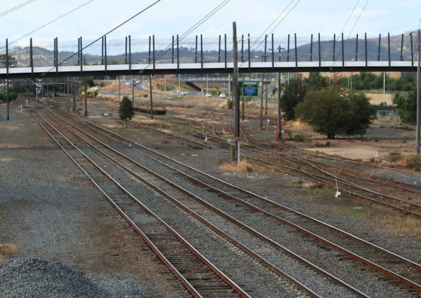 Looking towards Sydney towards a mess of remaining sidings at Albury