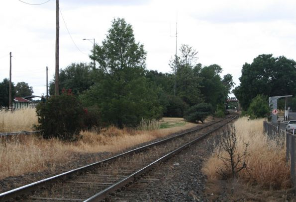 Looking down the standard gauge line from the Midland Highway LX