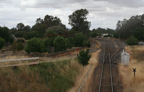 Looking down the line to the standard gauge loop at Benalla from the station overpass