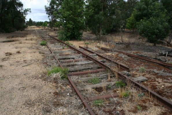 Turntable road with steel sleepers at Benalla