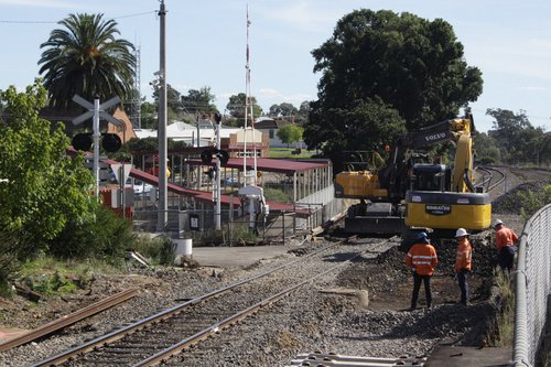 Work on the new standard gauge track through Seymour platform 1