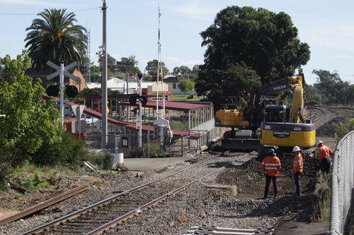 Work on the new standard gauge track through Seymour platform 1