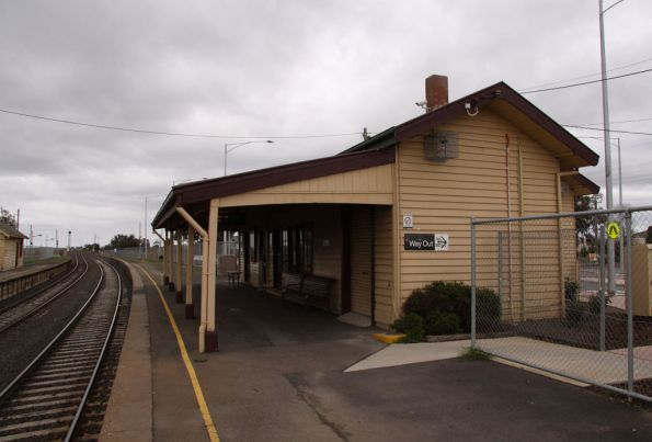 Station building on the down platform at Wallan