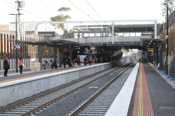 Looking up the line at the rebuilt low level McKinnon station