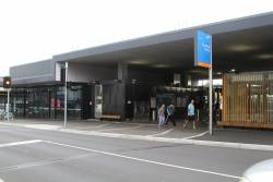 Street entrance to Bentleigh station