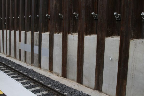 Soil nails support the retaining wall at Bentleigh station