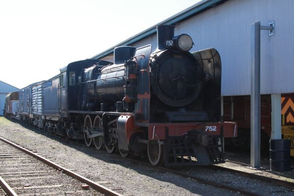 SAR broad gauge steam loco 752, formerly VR's N477