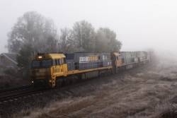 NR37, NR87 and NR64 emerge from the fog at Gunning