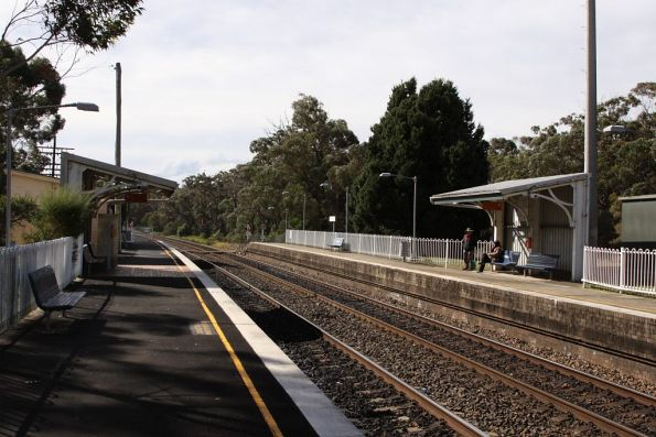 Yerrinbool station looking up the line