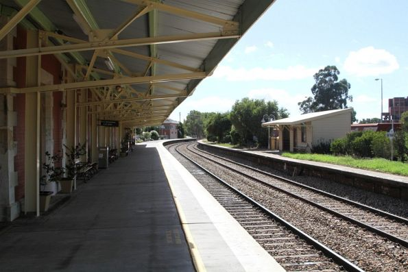 Only one platform sill in service at Bathurst station