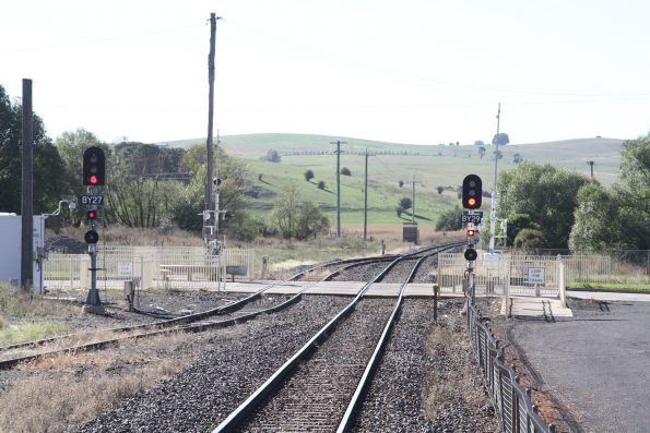 Signal at the up end of Blayney station