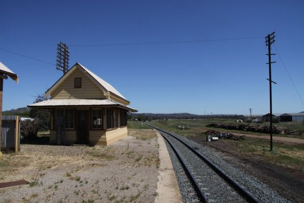 Signal box at the down end of Cootamundra West