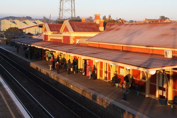 Sun rises at Goulburn station for the morning pensioner express