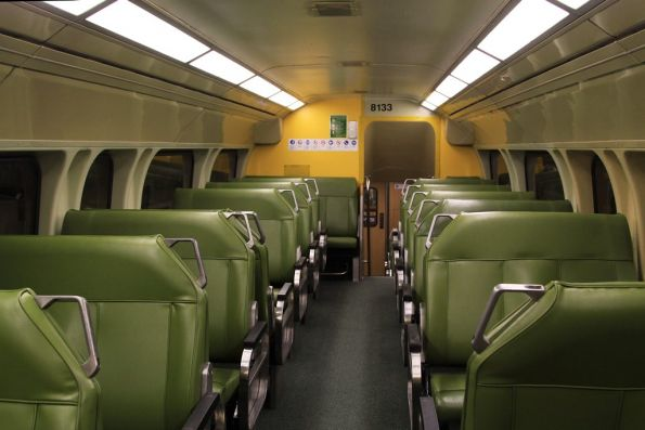 Upper deck seating onboard a V set