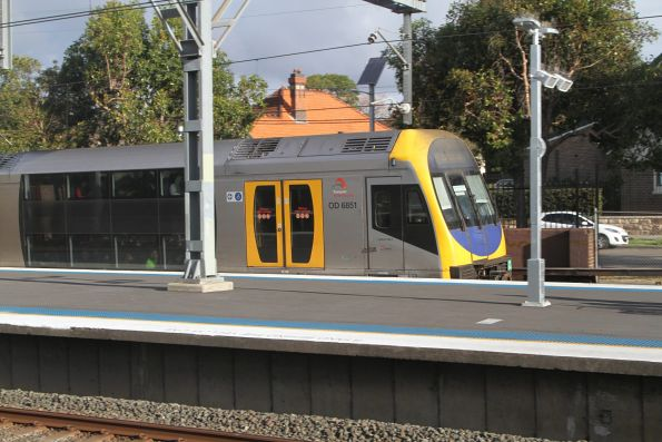 H54 passes through Flemington station with a down Emu Plains service