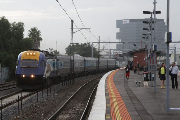 XP2011 leads the Sydney bound XPT at Middle Footscray
