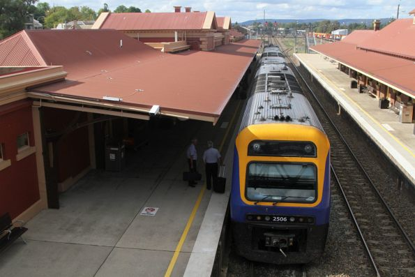 Xplorer 2506 leads the down Canberra service at Goulburn