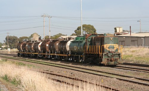 Y171 heads through North Shore bound for the refinery at Corio