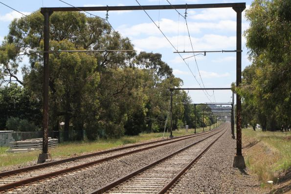 1950s portal structures between Bayswater and Boronia