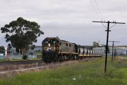 X37 leads X43 at Albion Loop on the down empty train