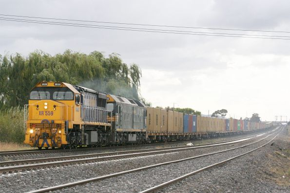 XR559 and G528 bound for Horsham at Corio