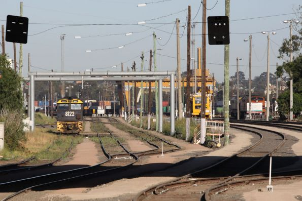 8122 heads off somewhere at Dynon after shunting the Melbourne Steel Terminal