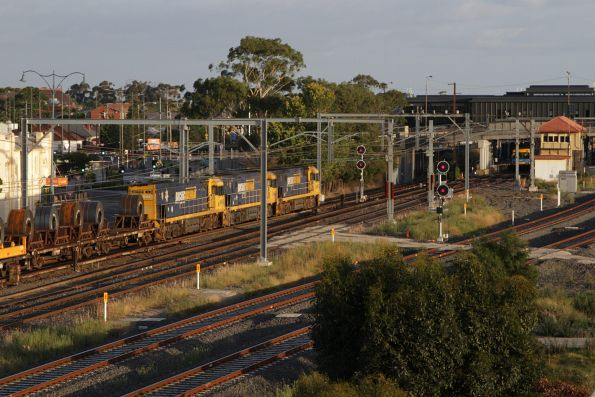 NR93, NR86 and NR14 lead an up steel train through Sunshine