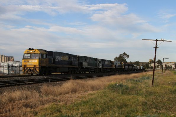 NR53 leads NR84, NRxx and NR23 on down MW2 steel train at Albion
