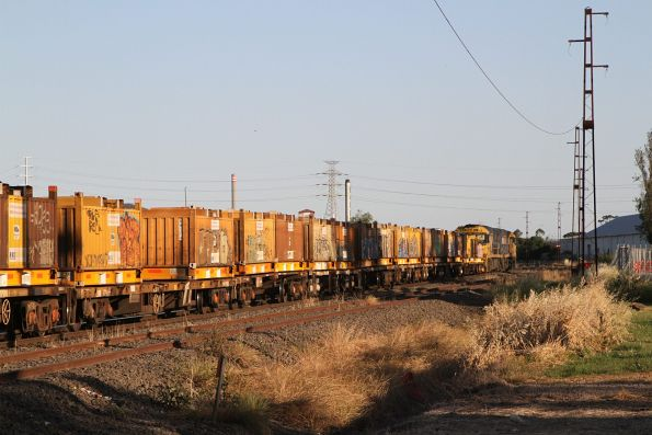 NR92 leads NR94 on 3MA5 through Brooklyn