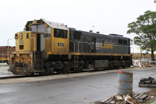 X41 stored at the Melbourne Freight Terminal, ready to be scrapped
