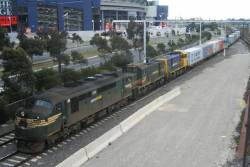 A85 leads T402 and H1 at Southern Cross