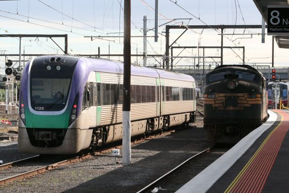 V/Line - Pacific National rescue failed a Warrnambool service, August 2006