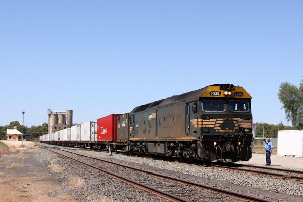 G525 on arrival at Tocumwal