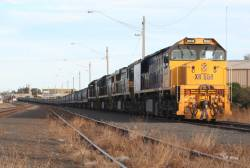 XR558 + XR554 + X44 + XR552 awaits departure from North Geelong