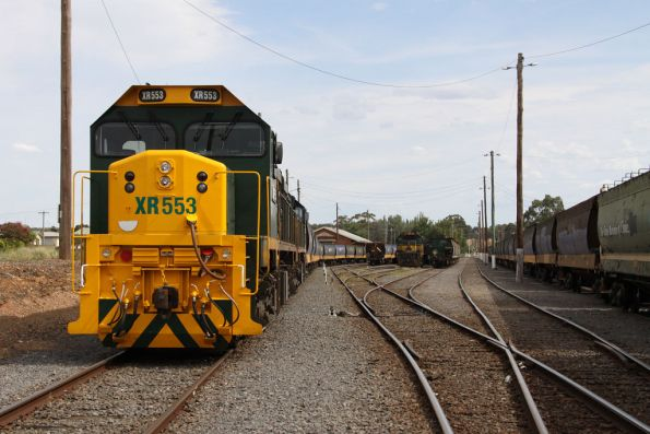 XR553 and XR554 stabled on one train at Maryborough, X43 in the background
