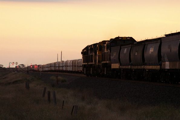 Chasing down the SCT train and headed for Geelong - XR557, XR552, T400 and X42