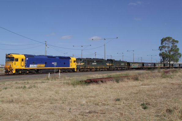 G536, A71 and P20 stabled in North Geelong Yard with an empty grain train