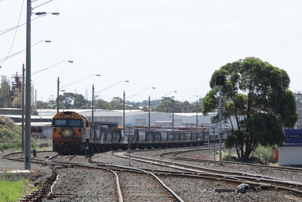 BL32 and XR554 stabled at North Geelong C on a rake of grain wagons