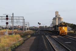 XR550, X39 and XR553 lead a down grain through Sunshine, bound for the Ballarat line