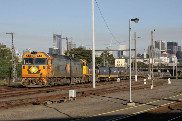 BL32 and H1 at Melbourne Yard arrivals awaiting departure on a down grain