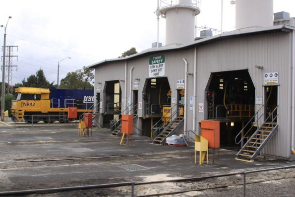 NR42 at the west end of the PN Locomotive Provisioning Centre at South Dynon