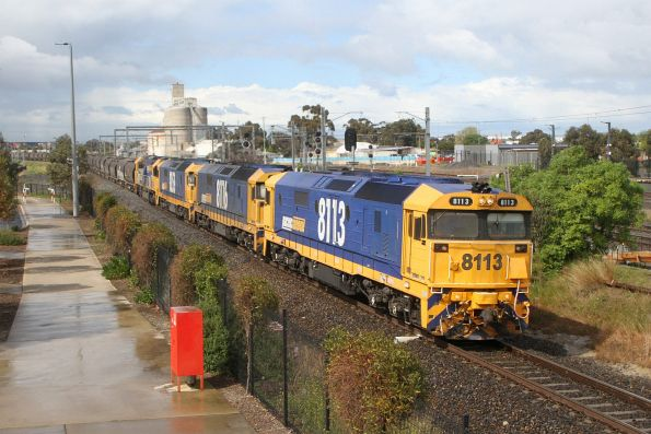 8113, 8116, 8159 and 8236 on 4KG5 northbound grain at Sunshine